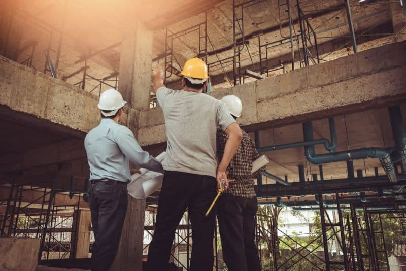 constructores analizando estructura de construcción