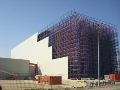 panel sandwich para construcción de nave industrial